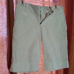 Tommy Hilfiger shorts#pockets
